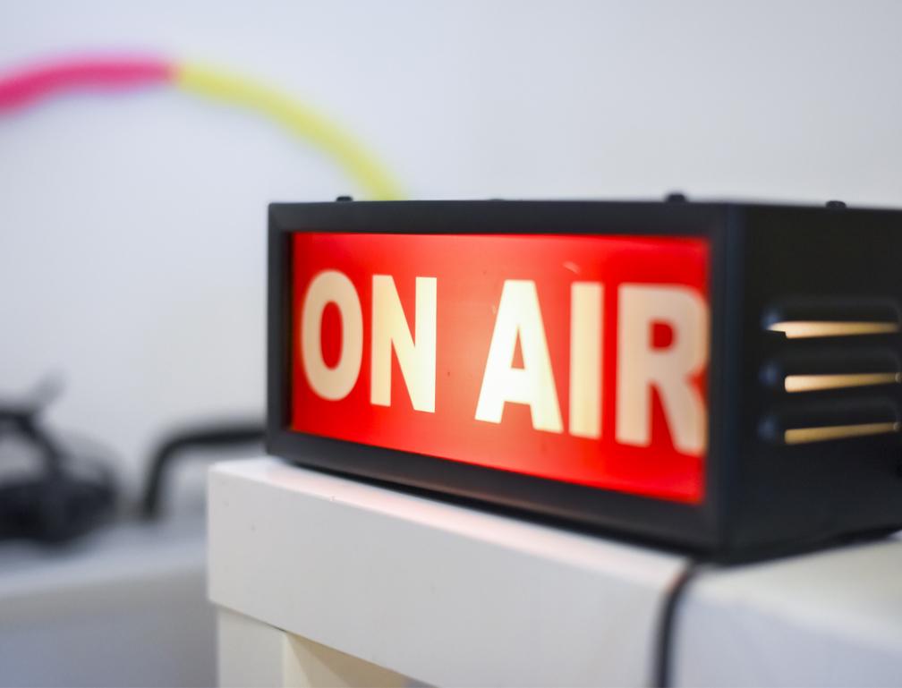 FMラジオ局のノベルティを製作致しました!